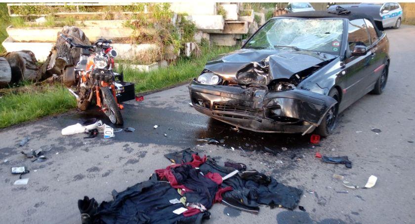 Wypadki drogowe, Koszmarny wypadek motocyklisty Czernicy - zdjęcie, fotografia