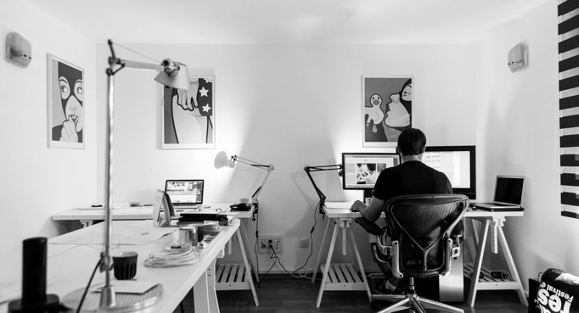 Dom i ogród, fotel kupić praca przed komputerem była wygodniejsza - zdjęcie, fotografia