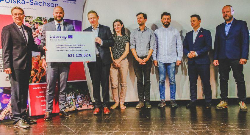 Finanse, Jelenia Góra dofinansowaniem! - zdjęcie, fotografia
