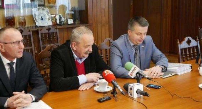 Samorząd, Tajemnicze zwolnienie dyrektora MZDiM Norberta Łukaniuka - zdjęcie, fotografia