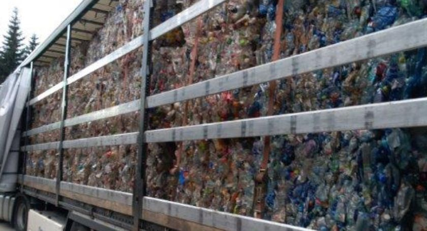 Interwencje, nielegalnymi odpadami zatrzymany Jakuszycach - zdjęcie, fotografia