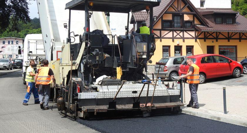 Komunikacja, Szklarskiej Porębie remont głównej drogi - zdjęcie, fotografia