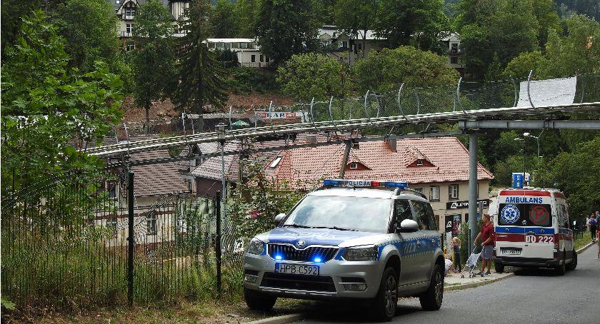 Interwencje, Szklarska Poręba Zderzenie dwóch wózków letnim torze saneczkowym - zdjęcie, fotografia
