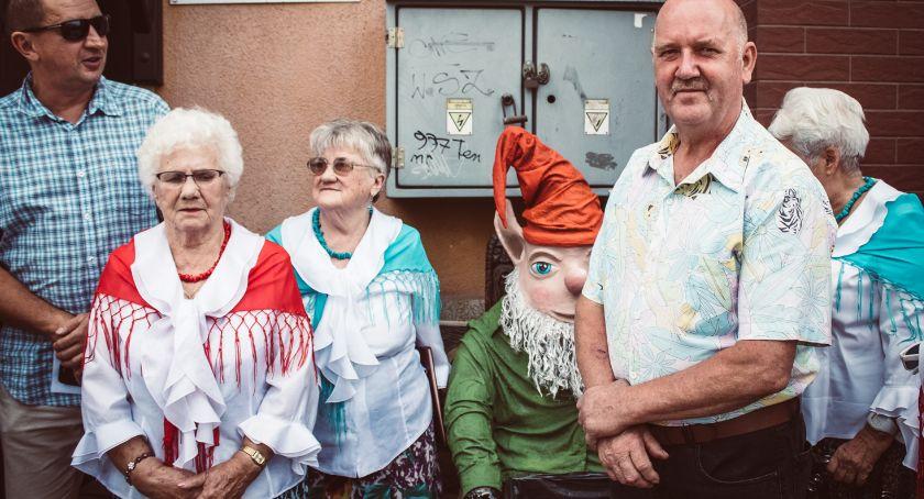 Turystyka, Skrzat Piechowicki będzie czuwać czystością - zdjęcie, fotografia