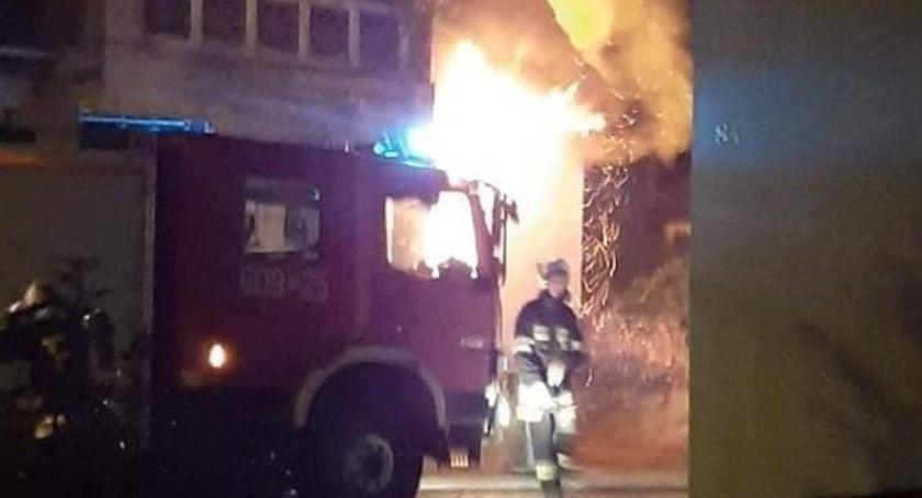Pożary, Zwęglone ciało mężczyzny spalonym pustostanie - zdjęcie, fotografia