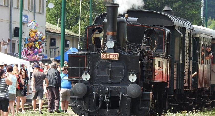 Turystyka, kolejowy festyn przygranicznym Kořenovie - zdjęcie, fotografia
