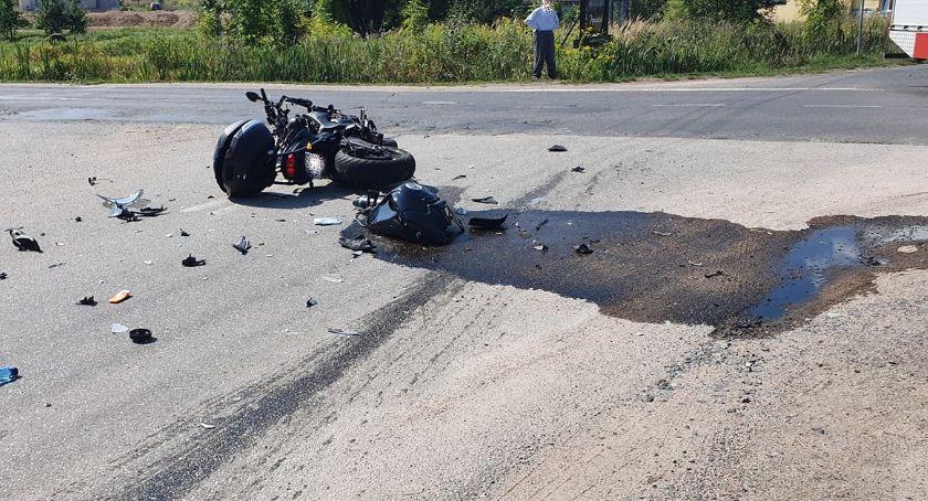 Wypadki drogowe, Koszmarny wypadek Sosnówce osoby ciężkim stanie - zdjęcie, fotografia