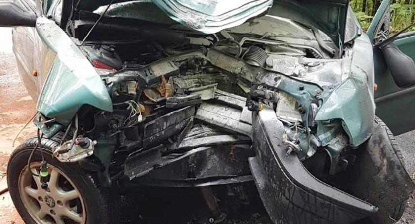 Wypadki drogowe, Droga Pasieczniku zablokowana osoby poszkodowane wypadku - zdjęcie, fotografia