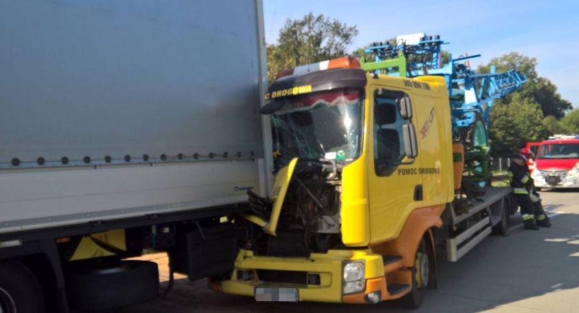 Wypadki drogowe, Uwaga kierowcy! Kolejne utrudnienia - zdjęcie, fotografia