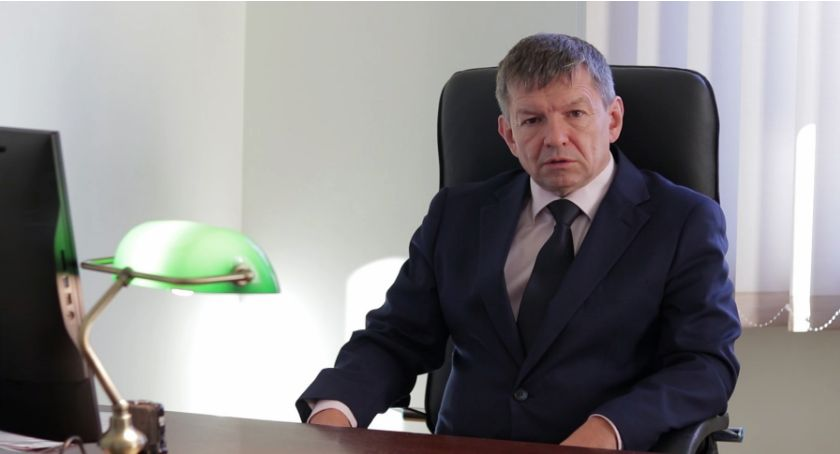 Komunikacja, Małe zastąpią autobusy burmistrz Piechowic dementuje plotki - zdjęcie, fotografia