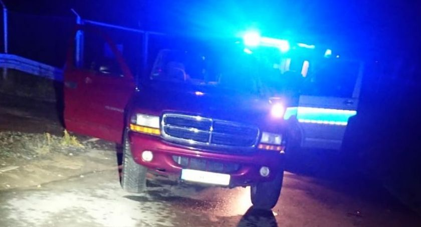 Wypadki drogowe, zatrzymał kontroli spowodował kolizję radiowozem - zdjęcie, fotografia