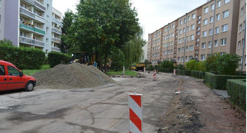 Inwestycje, Trwają remonty dróg Jeleniej Górze jakim etapie - zdjęcie, fotografia