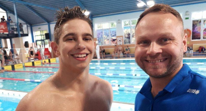 Inne, Sukces pływackich rozpoczęcie sezonu! - zdjęcie, fotografia