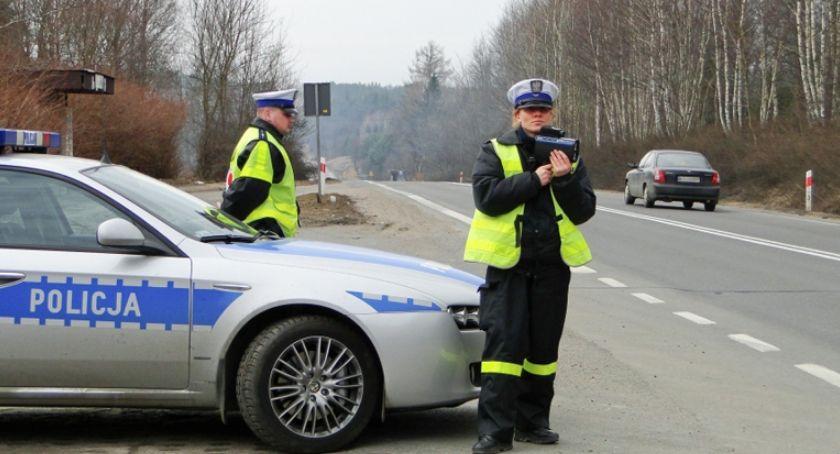 Komunikacja, dziś obowiązują przepisy kontroli drogowej - zdjęcie, fotografia