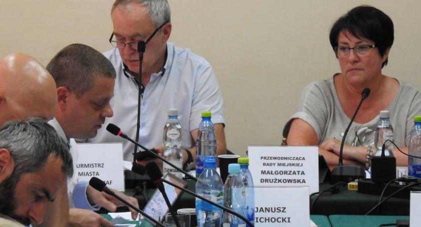 Samorząd, Szklarska Poręba Chcą odwołać przewodniczącą Miejskiej - zdjęcie, fotografia