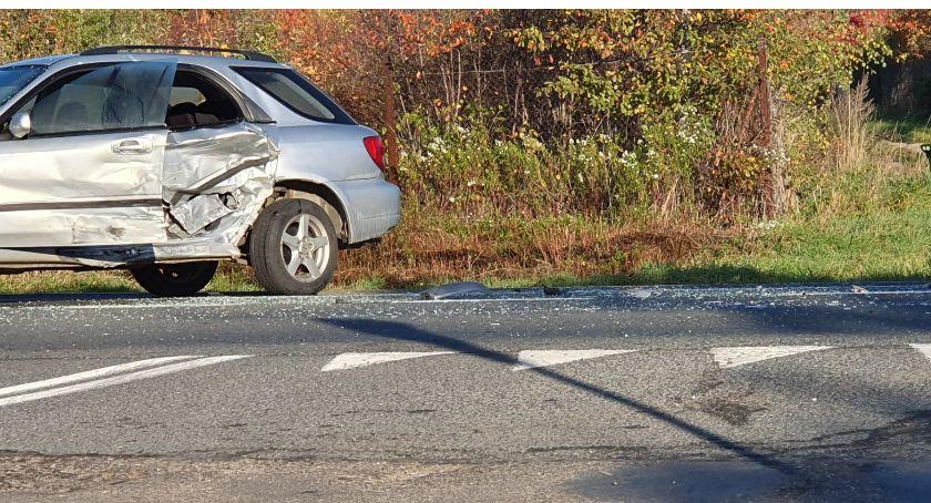 Wypadki drogowe, Jedna osoba poszkodowana zderzeniu pojazdów Piechowicach - zdjęcie, fotografia