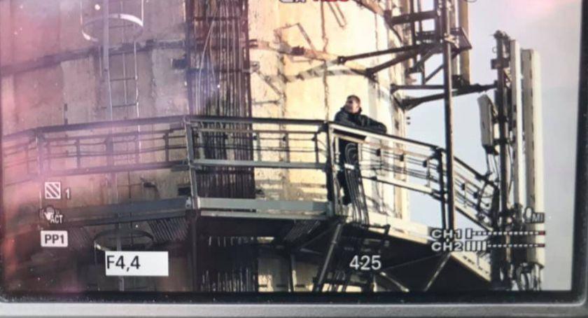 Interwencje, latek chciał skoczyć ponad metrowego komina - zdjęcie, fotografia