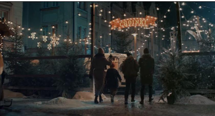 Turystyka, Zobacz wypadła Jelenia Góra reklamie McDonald`s - zdjęcie, fotografia