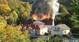 Ogień strawił cały ich dobytek. Pogorzelcy z Piechowic  potrzebują pomocy!