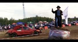 Wrak Race Karkonosze z Chuckiem Norrisem (VIDEO)