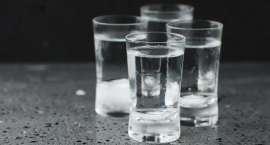 GUS: spożycie mocnych alkoholi wzrosło w Polsce do 3,3 l na mieszkańca