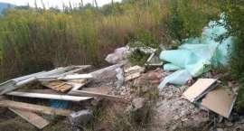 Problem śmieci w Sobieszowie nadal aktualny