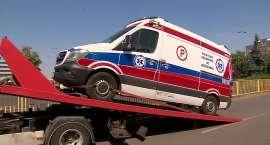 Karetka pogotowia była za ciężka? Absurdalny przepis sprawił, że policja zarekwirowała ambulans.