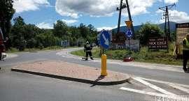 Motocyklista wpadł w poślizg na plamie oleju