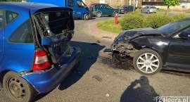 Zderzenie trzech samochodów na Karola Miarki