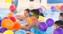Wodnastrefa.pl oferuje zajęcia w wodzie dla niemowląt, dzieci i dorosłych oraz wyjazdy wakacyjne.