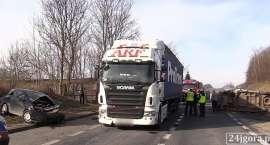 Wypadek w Radomierzu. Pięć osób w szpitalu (VIDEO)