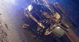 Czołowe zderzenie na DK3 w Kaczorowie. Trzy osoby w szpitalu.