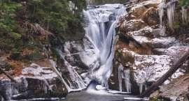 Śmierć na Wodospadzie Szklarki