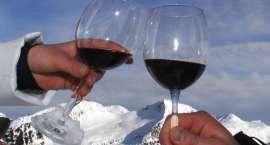 Mróz, śnieg, narty i grzaniec, czyli o odpowiedzialnym spożywaniu alkoholu