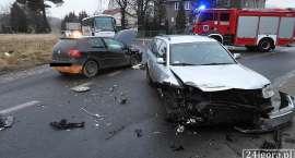 Zderzenie trzech aut w Jeżowie Sudeckim