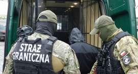 Akt oskarżenia przeciwko członkom zorganizowanej grupy przestępczej