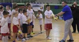 Młodzi sportowcy zachwycają! Kolejny turniej mini handball-u