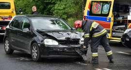 Zderzenie dwóch aut w Jeleniej Górze