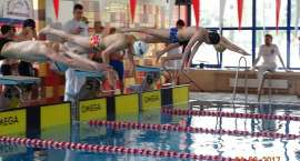 Medale jeleniogórskich pływaków