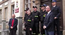 Strażacy-bohaterowie nagrodzeni przez Prezydenta