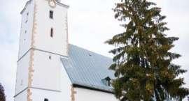 Zabytkowy zegar w Dziwiszowie odzyskał swój dawny blask