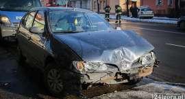 Jelenia Góra : Zderzenie taksówki z samochodem osobowym