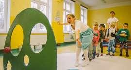 Karpacz : Aktorzy w przedszkolach