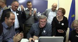 Wybory rozstrzygnięte! Emocje w sztabach wyborczych
