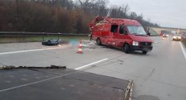Tragiczny wypadek na A4. Ciało rozrzucone na jezdni.