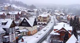 Intensywne opady śniegu i deszczu. Trudne warunki na drogach!