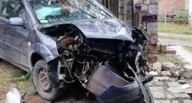W Nowy Rok rozbił auto na drzewie
