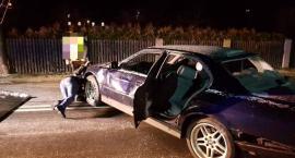 Potrącił autem sześcioosobową rodzinę - nagranie z monitoringu