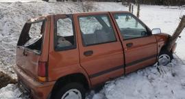 Na drodze do Karpacza auto wypadło z drogi