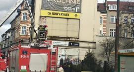 Akcja straży pożarnej na ulicy Wolności